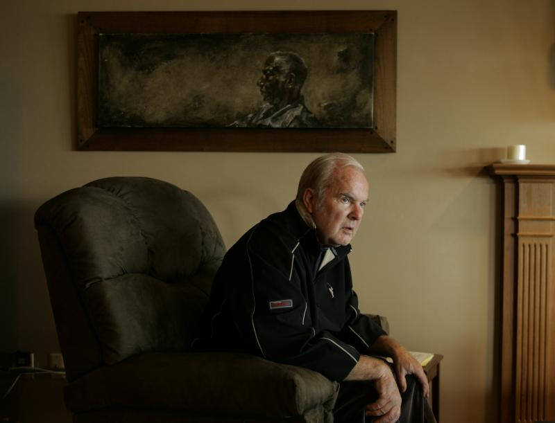 Former Washington Gov. Booth Gardner, sits in his home in Tacoma, Wash., Tuesday, May 27, 2008.