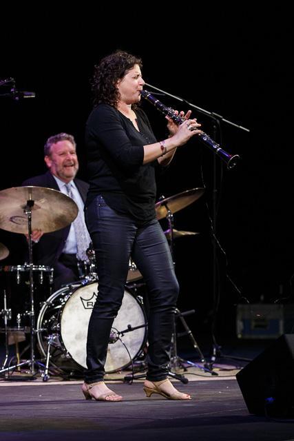 Jeff Hamilton (drums), Anat Cohen (clarinet)