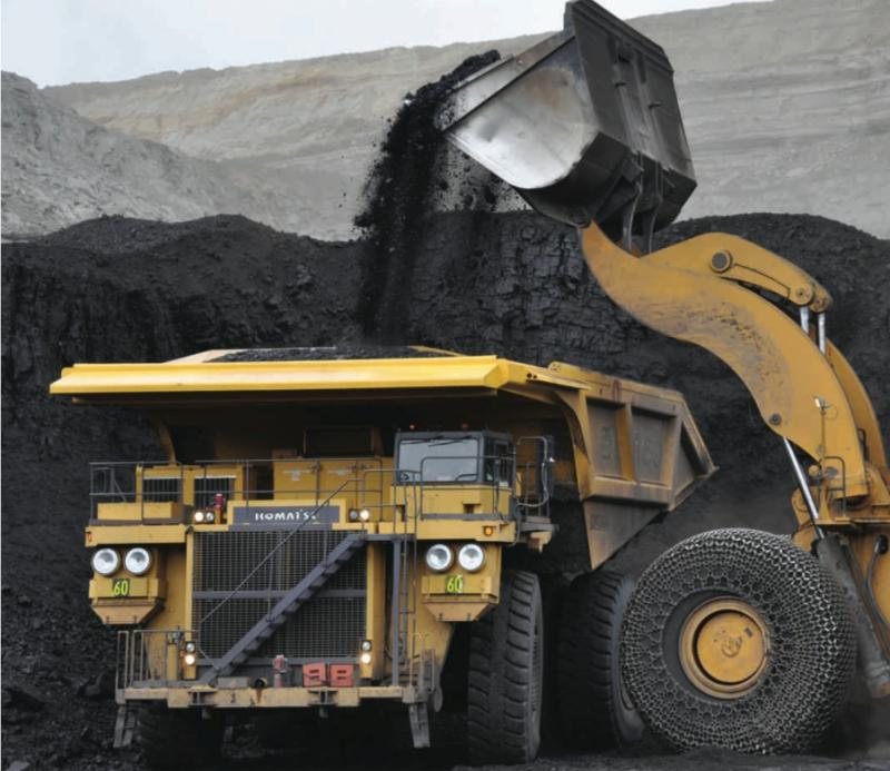Cloud Peak Energy mining coal in the Powder River Basin