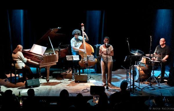 Dani and Debora Gurgel Quarteto
