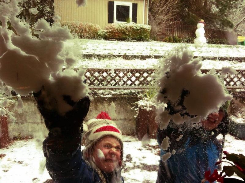 """Little boy fun: Smashing Mom in the face through the window."""