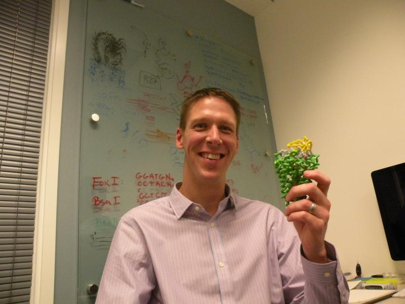 Stebe Brooks shows a 3-D model of a knotted peptide called chlorotoxin, which comes from scorpion venom.
