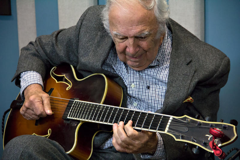 Legendary guitarist Bucky Pizzarelli live in the KPLU studios.