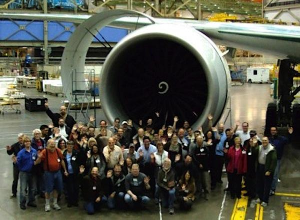 Aviation Geek Fest attendees in 2013 in front of a Boeing 777.