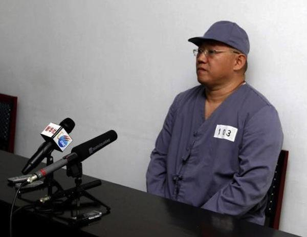 American missionary Kenneth Bae speaks to reporters at Pyongyang Friendship Hospital in Pyongyang Monday, Jan. 20, 2014.