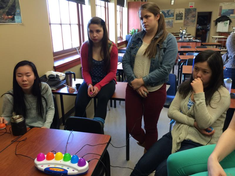 Garfield high's Orca Bowl teams during a lunchtime practice session.