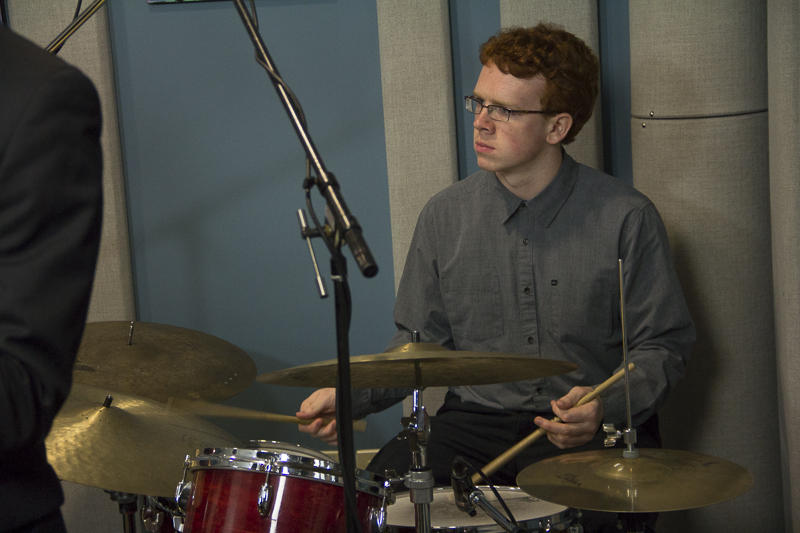 Sean Mahoney performing live in the KPLU studios.