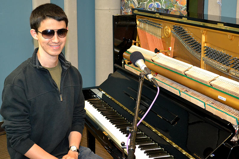 Pianist, Justin Kauflin, in the KPLU Seattle studios.