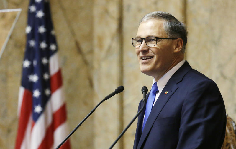 ashington Gov. Jay Inslee gives his annual State of the State speech Tuesday, Jan. 13, 2015, to a joint session of the Washington legislature in Olympia, Wash.