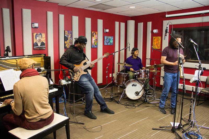 The Omar Sosa Quarteto AfroCubano live in the KPLU Seattle studio.