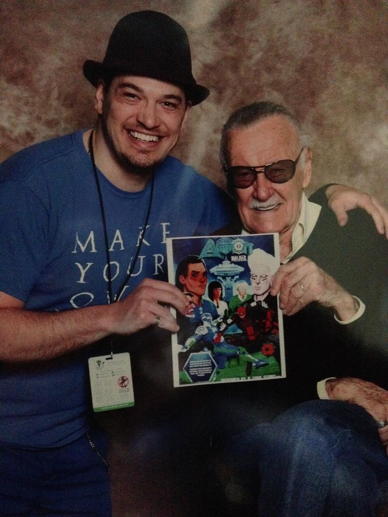 Stan Lee meets Aaron D'Errico.