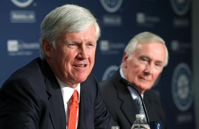 John Stanton, left, who would become the Mariners' chairman and chief executive officer, speaks during a news conference as current Chairman Howard Lincoln looks on Wednesday, April 27, 2016, in Seattle.