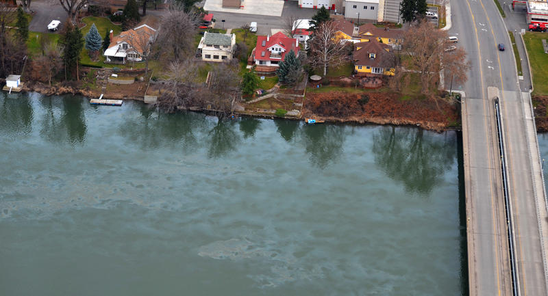 In this aerial photo taken Monday, March 2, 2015, and provided by the Washington Dept. of Ecology, oil from a spill floats on top of the Yakima River near Prosser, Wash.