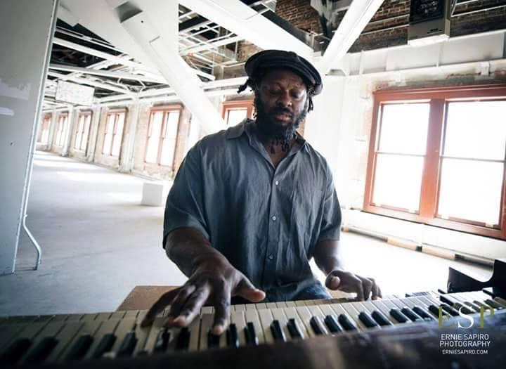 Delvon Lamarr and his Hammond B-3.