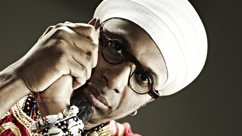 Cuban pianist and bandleader Omar Sosa