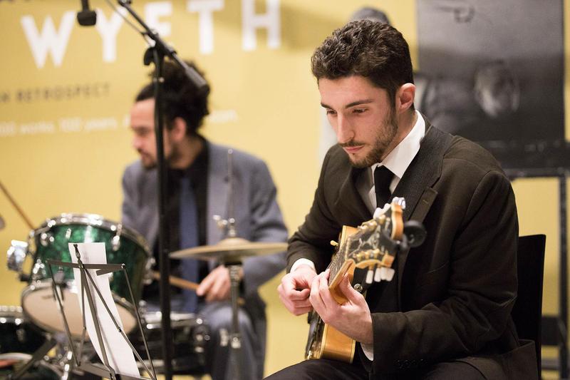 Mike Eskenazy on guitar.