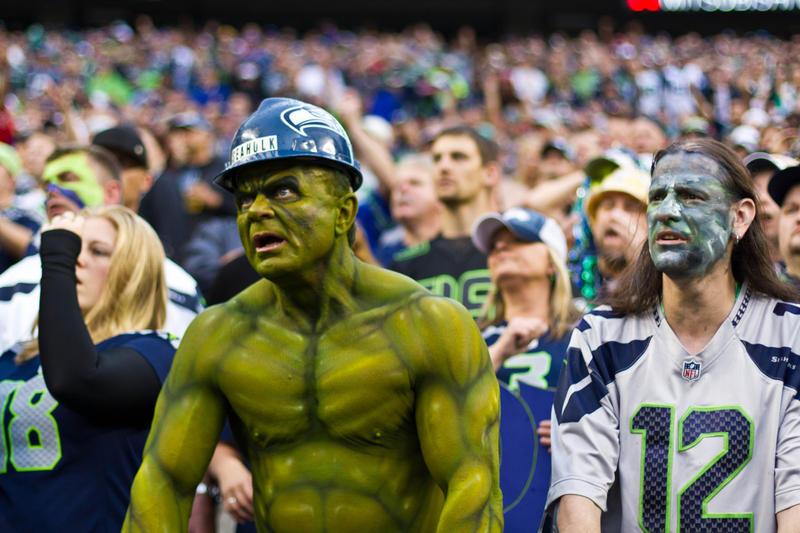 Loudest crowd roar at a sports stadium Seahawks-2