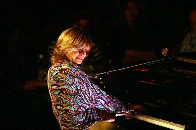 Pianist Brenda Hopkins Miranda