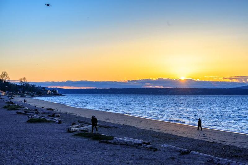A recent sunset at Alki Beach in West Seattle