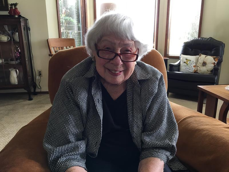 Rose Crumb, who founded the Volunteer Hospice of Clallam County, at her home in Port Angeles