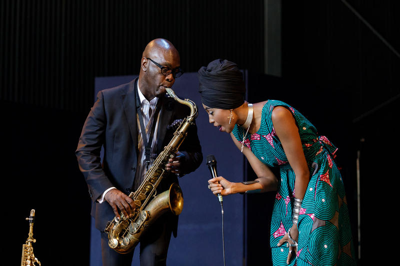 Tim Warfield, Jazzmeia Horn
