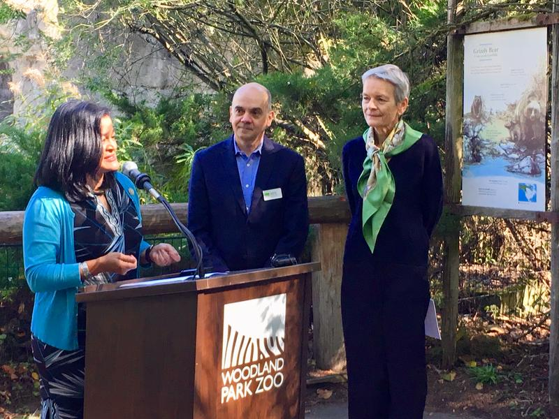 U.S. Rep. Pramila Jayapal (l) at Woodland Park Zoo in Seattle with Zoo CEO Alejandro Grajal and UW College of the Environment Dean Lisa Graumlich, on Sept. 19, 2018.