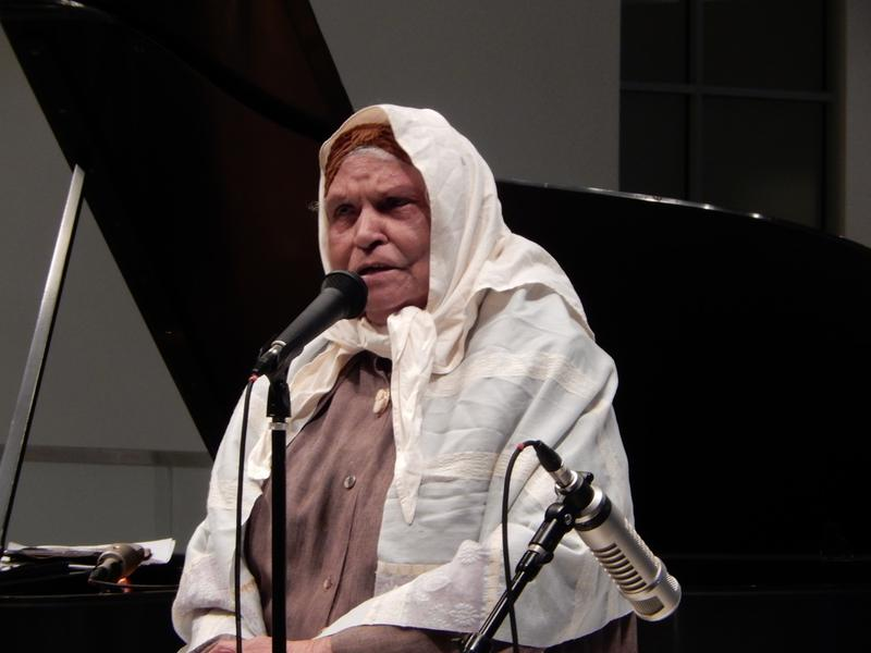 """Dolores  Browne as Sojourner Truth,  """"Ain't I A Woman"""""""