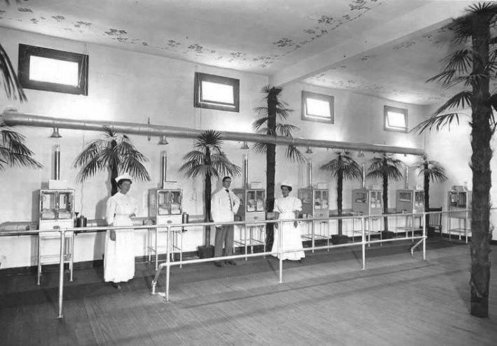Baby incubator exhibit on the Pay Streak at the Alaska-Yukon-Pacific Exposition.