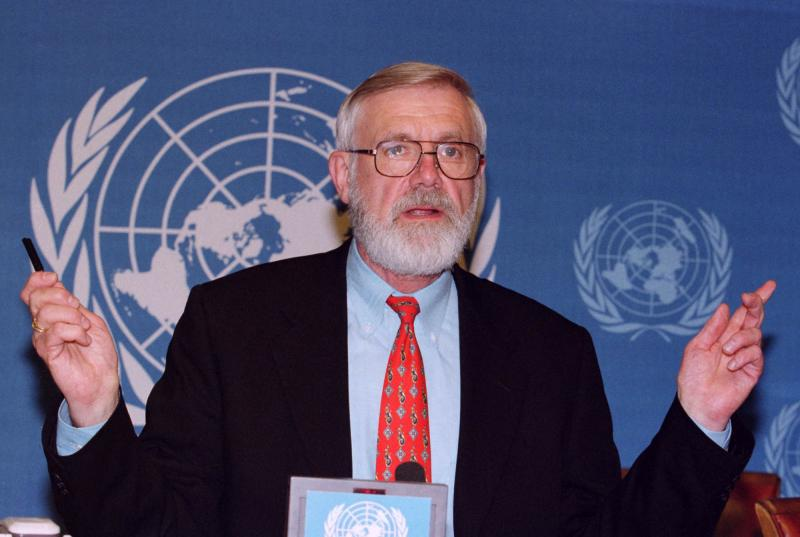 Bill Foege discusses his address to the 3rd plenary session of the 53rd World Health Organization's General Assembly in 2000.