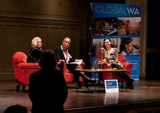 Geena Davis (far right) with Chris Grumm (left) and Andrea Taylor at a Seattle Town Hall event last night.