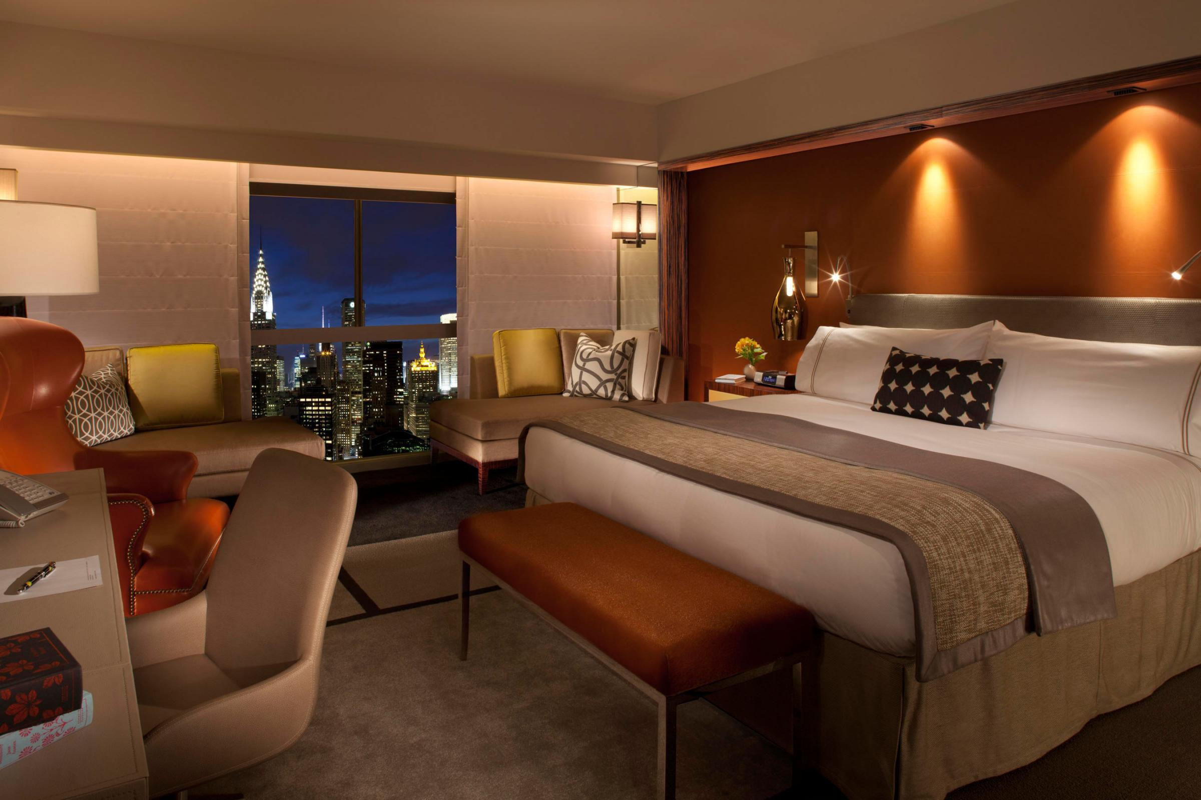 Five tips on getting the best hotel room for your money knkx for Best looking bedrooms