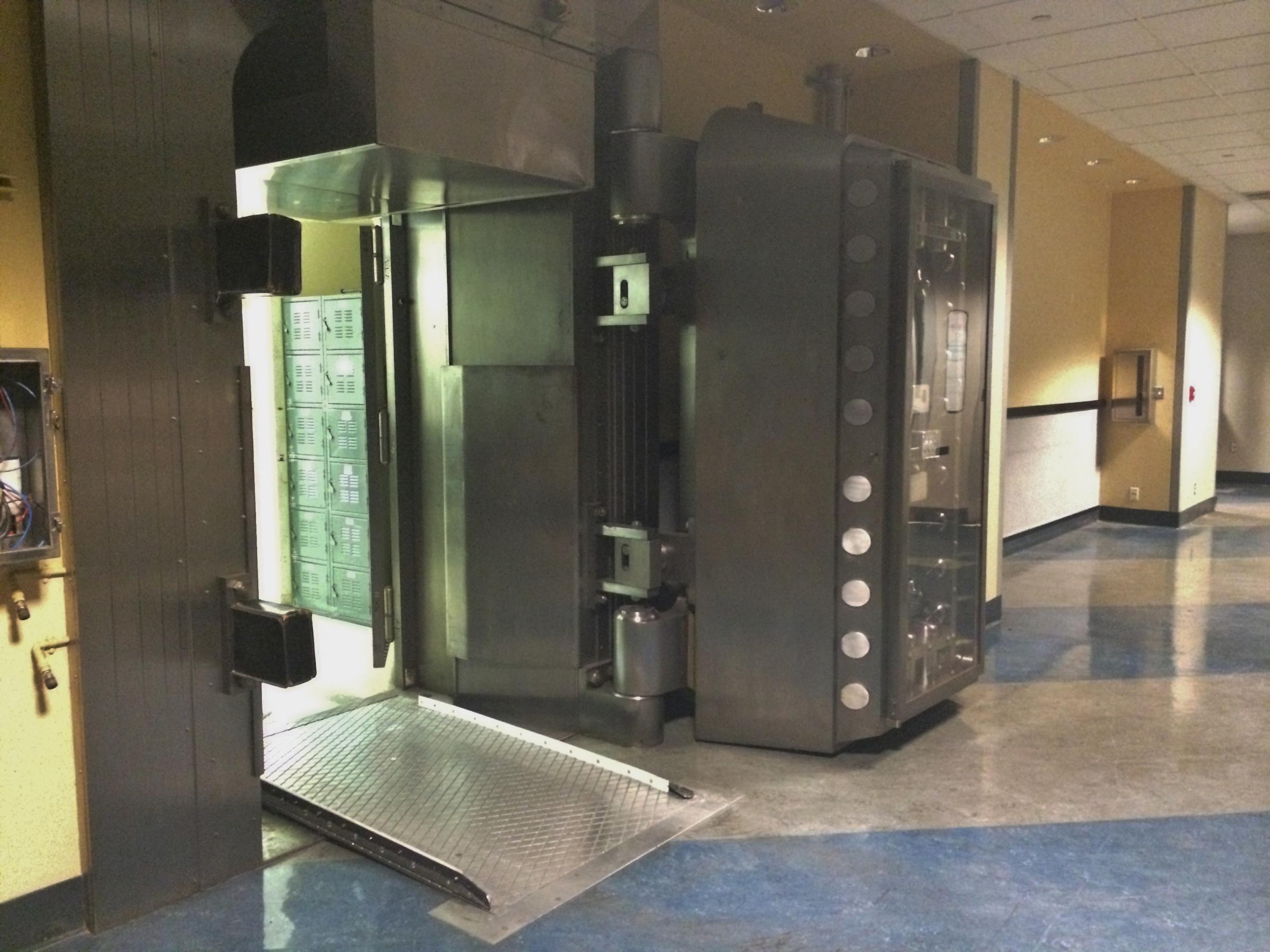 Steel Doors Los Angeles Examples Ideas &