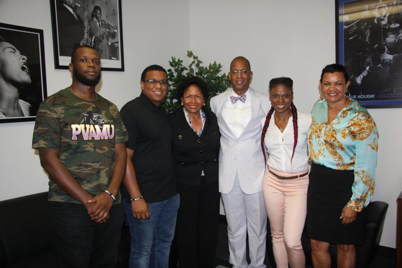 Dr. Ruth Simmons, Interim President of  PVAMU visits with KPVU staff members