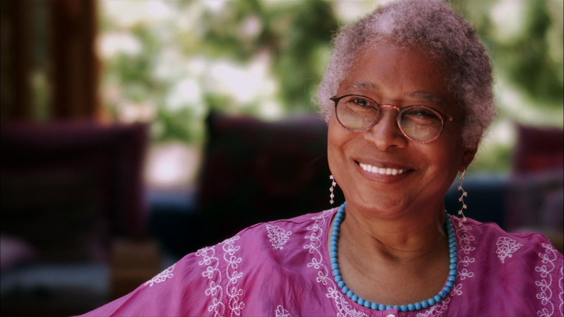 the life of alice walker Alice walker is known world-wide for her literary protrayals of the african american woman's life - alice walker life essay introduction she was born in 1944 on february 9 in eatonton, ga to willie lee walker and minnie lou tallulah grant.