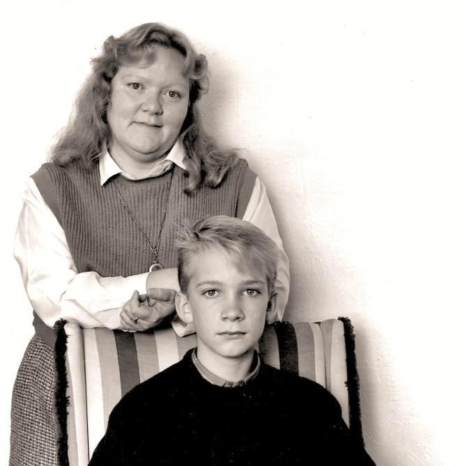 Producer Noel Black and his mom, Nancy Wilsted, in 1986