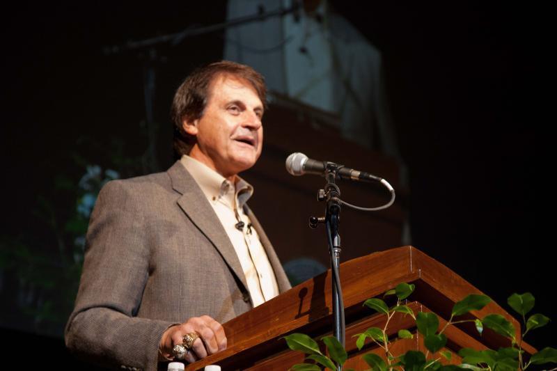 Retired St. Louis Cardinals manager Tony La Russa speaks about leadership at the Show Me Center in Cape Girardeau, Missouri on November 8, 2012.