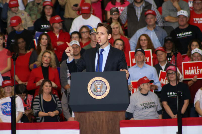 AG Josh Hawley speaks at Trump's final rally before the midterm elections.