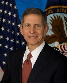 Veterans Affairs Secretary Sloan Gibson