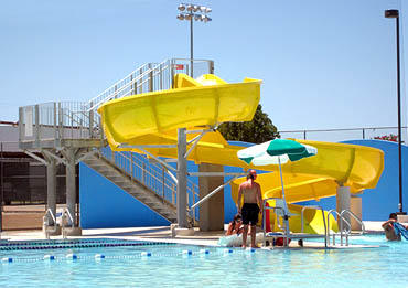 Las Cruces Free Swim Days And Outdoor Pool Schedule Krwg