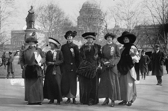 Suffrage marchers in Washington, D.C. in 1913