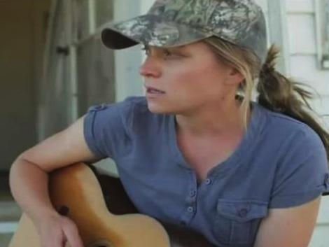 singer songwriter amber cross | ksjd