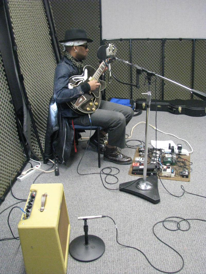 Jin J. X on Studio Live
