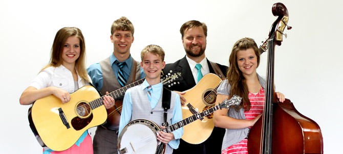 The Lindsey Family of Greensburg Ky.  Winners of the 2014 KSMU Youth in Bluegrass Band Contest at Silver Dollar City