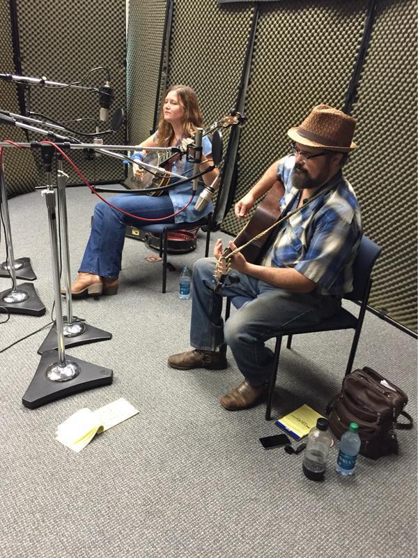 Mark Bilyeu and Cindy Woolf on Studio Live
