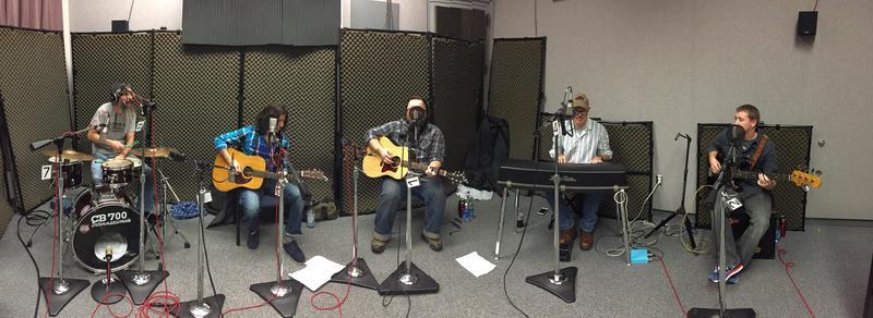 The Hurricanes on Studio Live