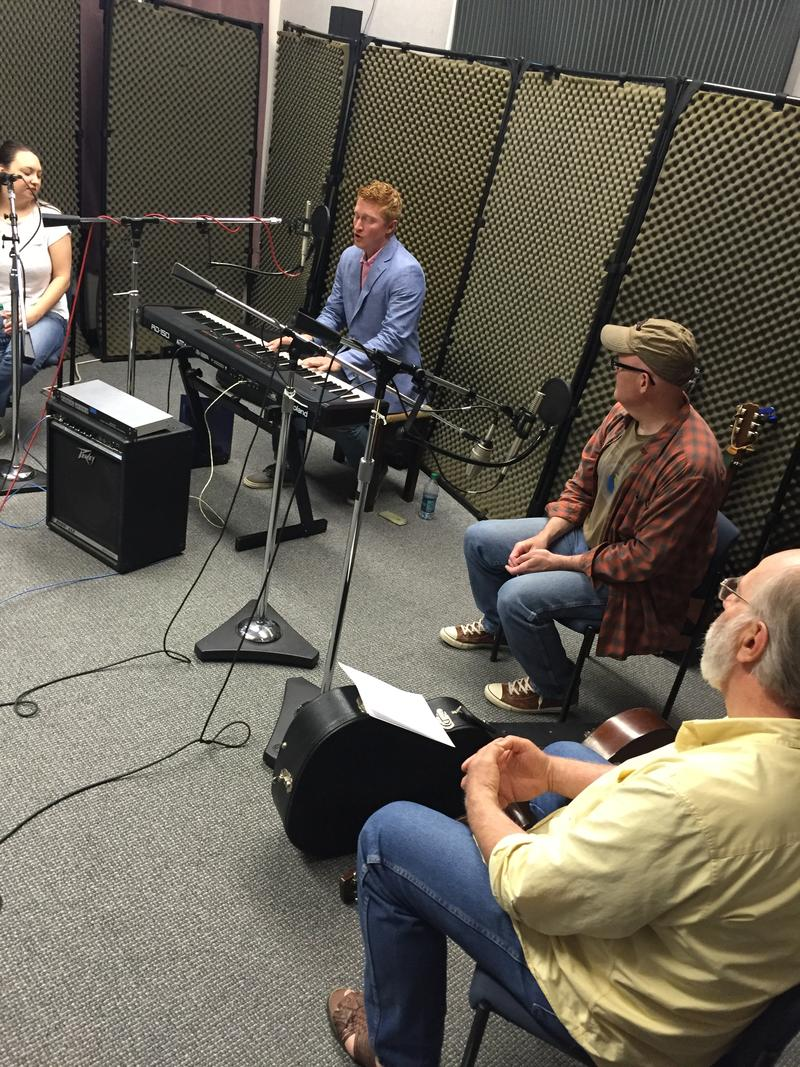 Jordan Gloyd, Brett Johnston, Jody Bilyeu and Murray Hutcherson of Wild Bob's Musical Book Club on Studio Live