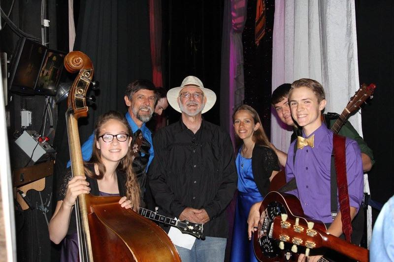 KSMU''s Mike Smith, Backstage With The Farnum Family