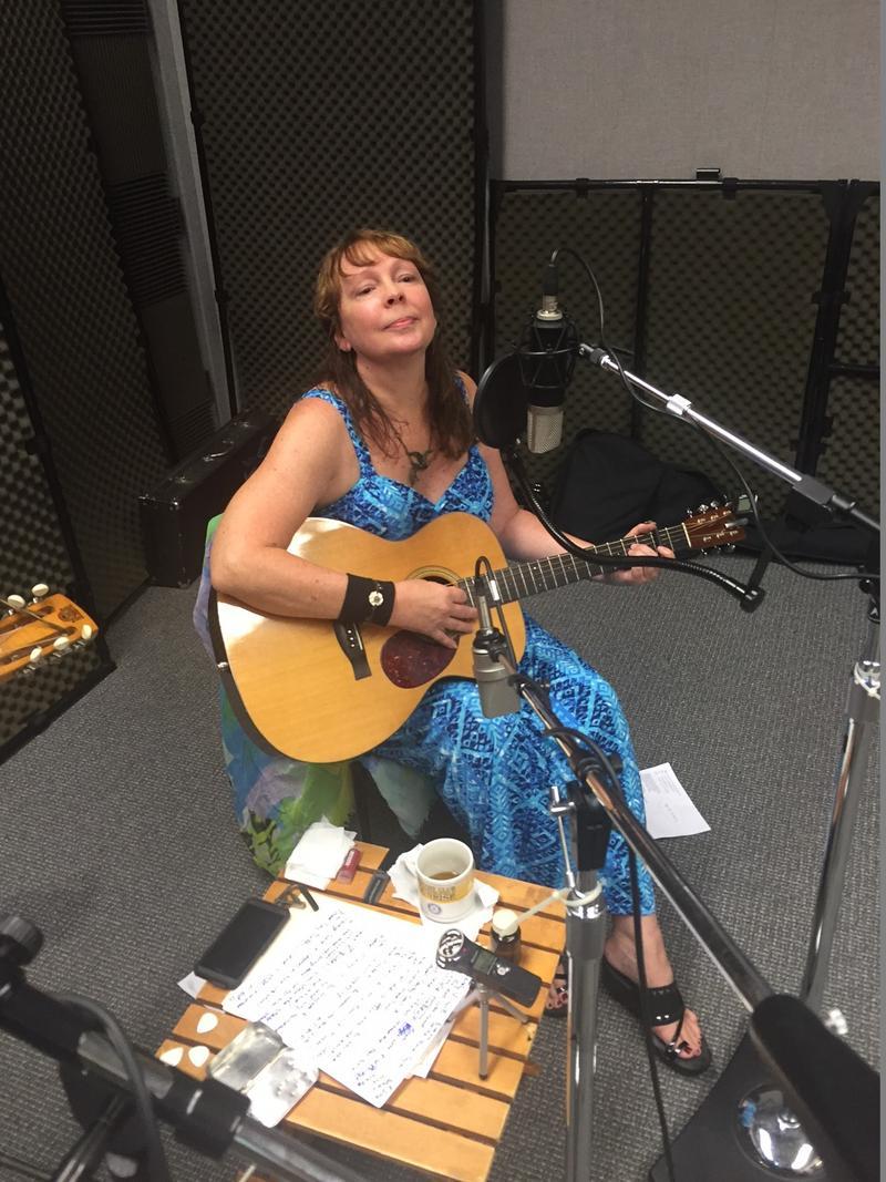 Melinda Mullins on Studio Live