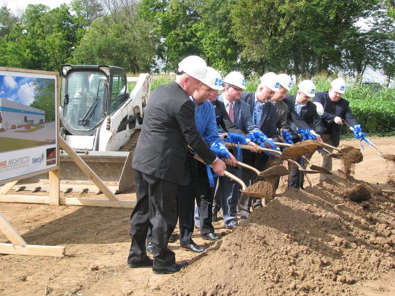 Ground is Broken for ROi's Custom Surgical Pack Manufacturing Facility