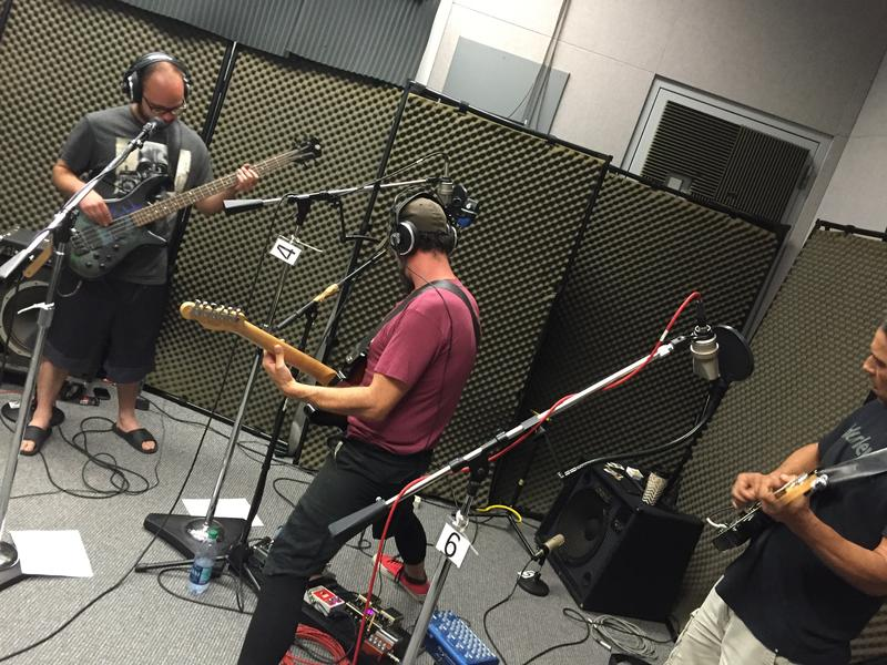 Chris Vanderpool, Danny Maple and Mike Gomez of Vultures of Chaos County on Studio Live